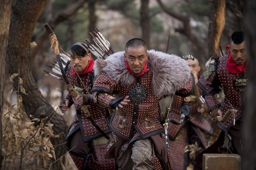 jyuu-shin-ta-ryu-seung-ryong-leads-the-pursuit.jpg