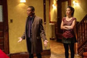 Marcus Bell (Jon Michael Hill) and Dr Watson (Lucy Liu)