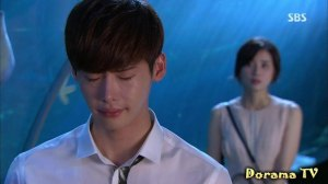 Park Soo-Ha (Lee Jong-Suk) and Jang Hye-Sung (Lee Bo-Young)