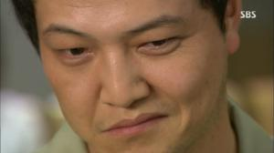 Min Joon-Kook (Jung Woong-In) showing his malevolent side